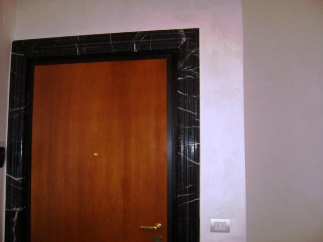 Cornice Porta in Nero Marquinia